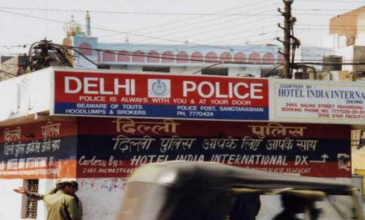 two members of hi tech gang of autolifters arrested in delhi