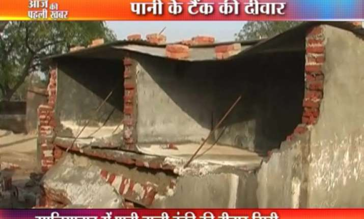 two killed in tank collapse in ghaziabad