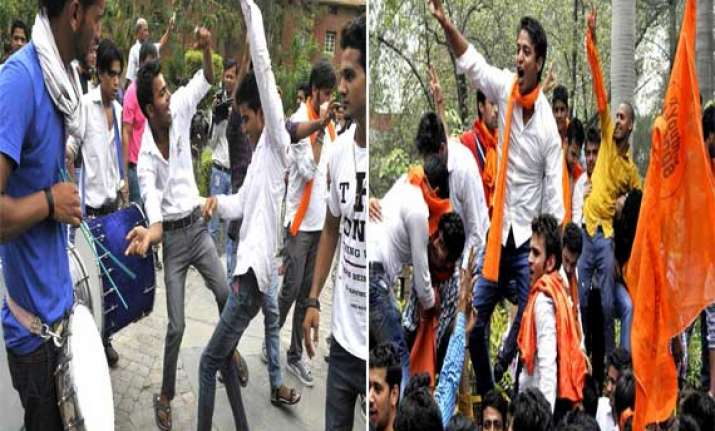 celebrations break out in du campus as fyup rolled back