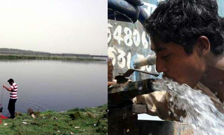 up threatens to cut water supply to delhi
