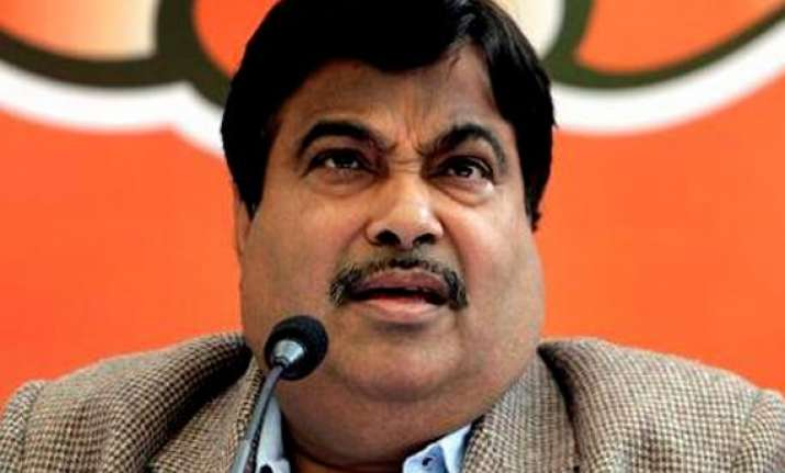 up polls bjp gives credit to gadkari for good show