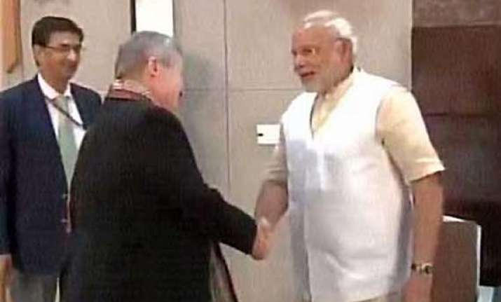 us ambassador nancy powell meets gujarat cm narendra modi