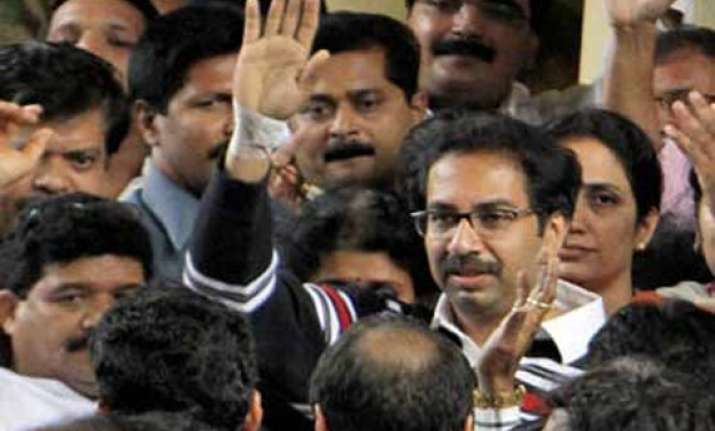uddhav inspects mumbai potholes as hc issues notice to bmc