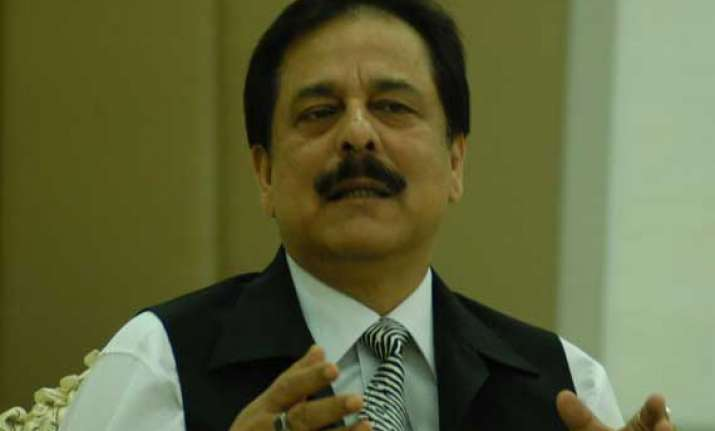 unable to pay rs 10000 crore for roy s bail sahara to sc