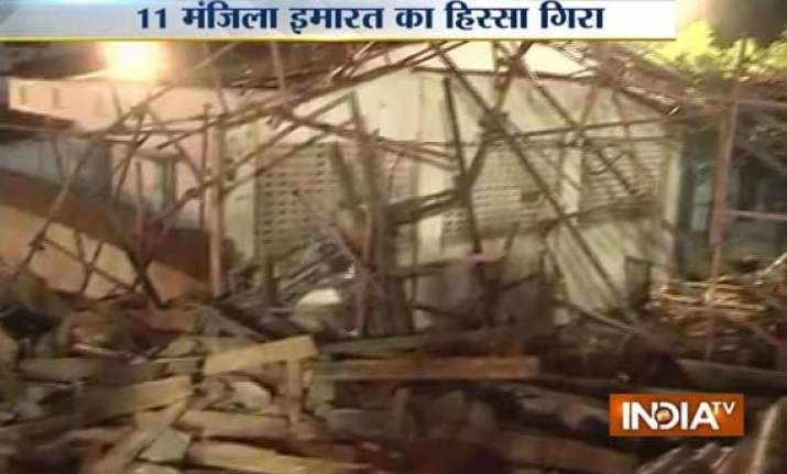 one dead over 50 trapped in building collapse in chennai