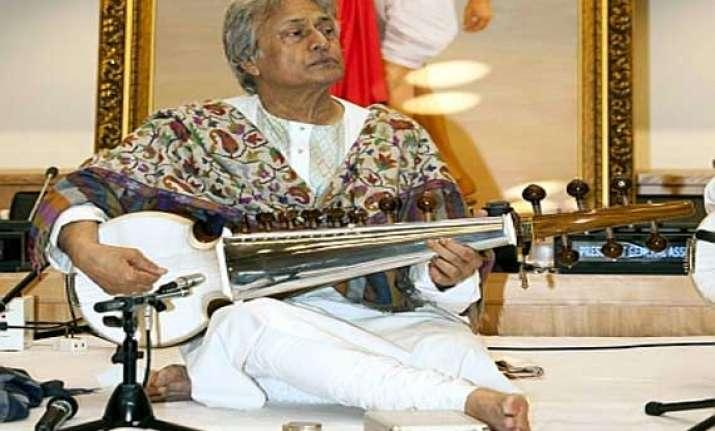 ustad amjad ali khan s sarod goes missing on ba flight