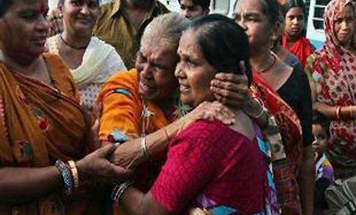 uttarakhand frantic families leaving no stone unturned