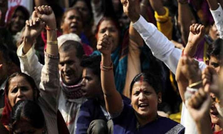 uttarakhand relatives protest in dehradun netas babus want