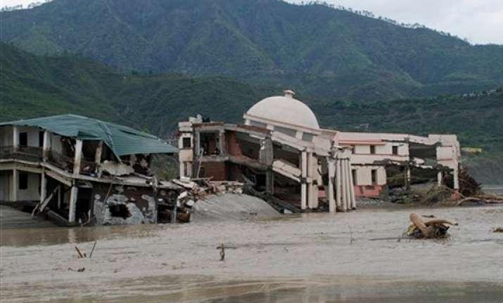uttarakhand flood fury thousands missing 62 000 stranded