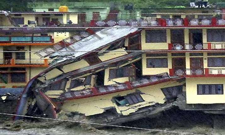 death toll in uttarakhand touches 113 expected to rise