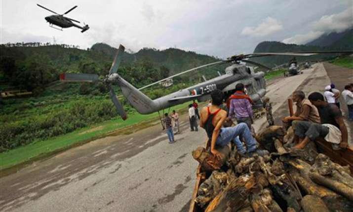 uttarakhand rains halt rescue operations in kedarnath