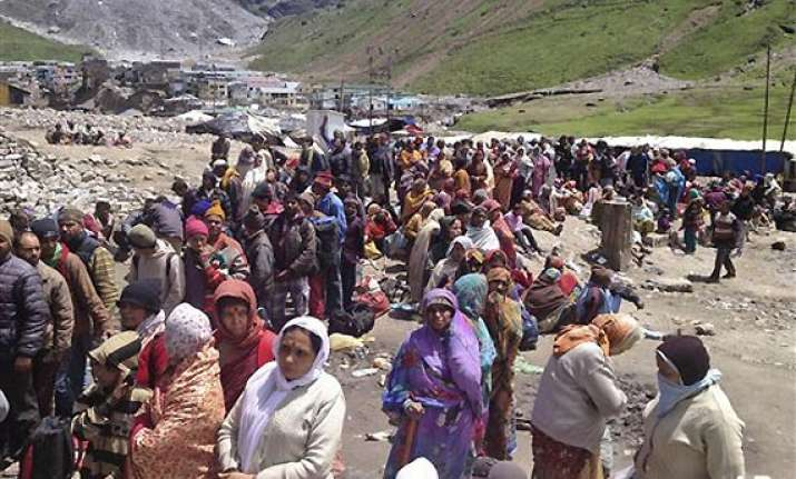 uttarakhand 8 000 still trapped in kedarnath