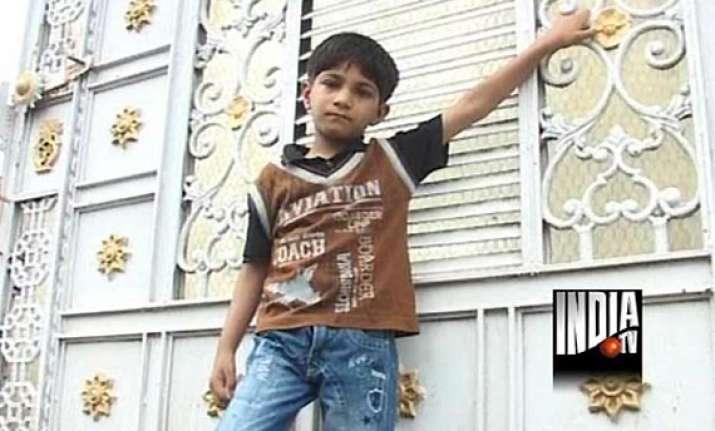 uttarakhand 5 year old abhijit in indore endlessly waits