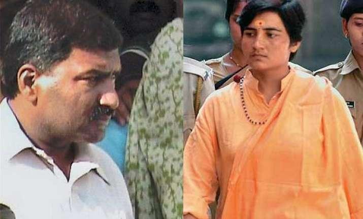 vhp defends sadhvi pragya lt col purohit