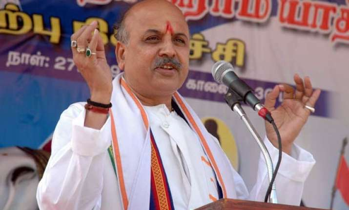 vhp to start amarnath yatra from june 15 togadia