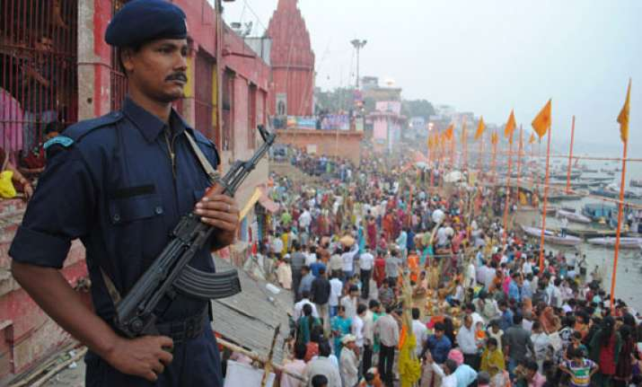 varanasi prepares to welcome modi security tightened