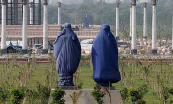 veils lifted from mayawati elephant statues after 2 months