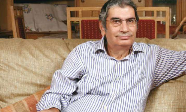 vinod mehta says coterie playing with anna s life