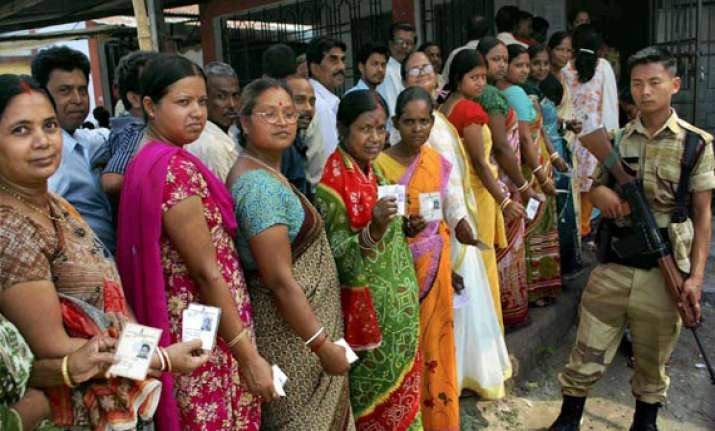 wb records nearly 80 pc polling amid sporadic violence
