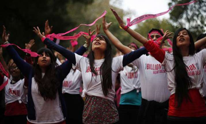 wake up delhi sing flash mobs for one billion rising
