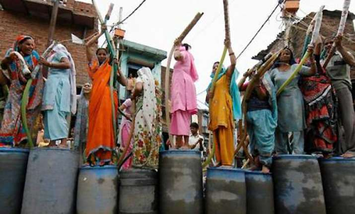 water shortage cripples delhi djb sets up helpline number