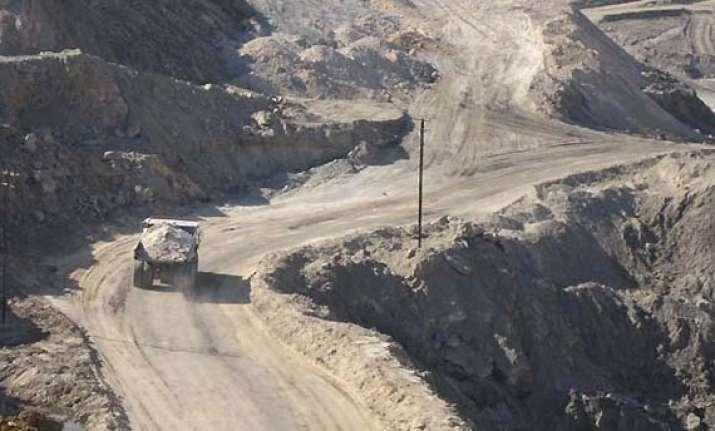western coalfields to pay rs 125 cr to maharashtra village