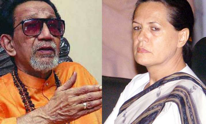 why is sonia gandhi mum on 2g case asks bal thackeray