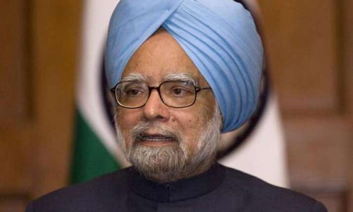 will not bow down before naxalism pm