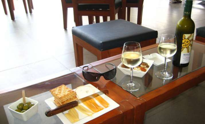 wine tourism want to stay in an indian vineyard go to nashik