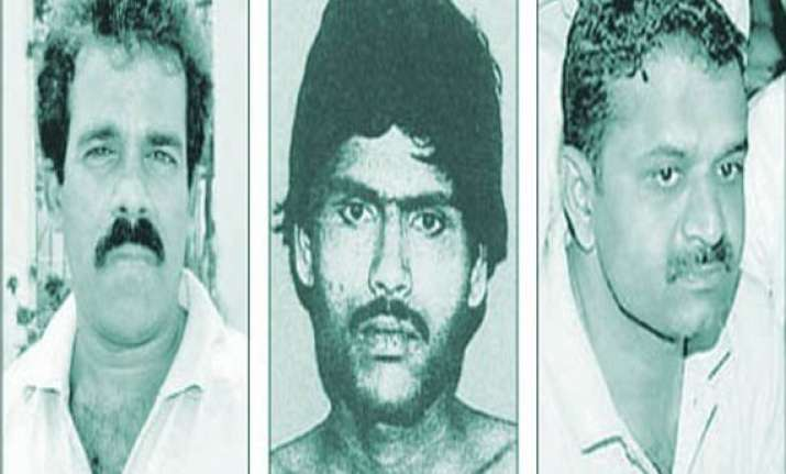 woman torches herself to save rajiv killers