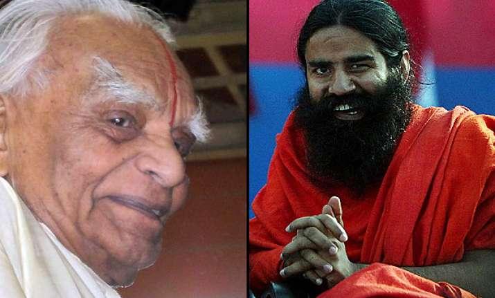 yoga guru iyengar slams ramdev style yoga