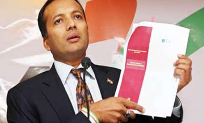 zee editor files defamation case against naveen jindal