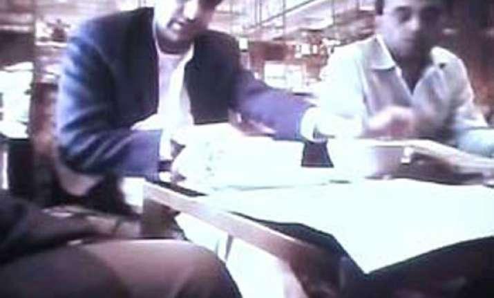 zee editors sent to 14 days judicial custody