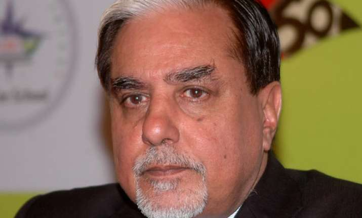 zee owner subhash chandra questioned for 11 hours police