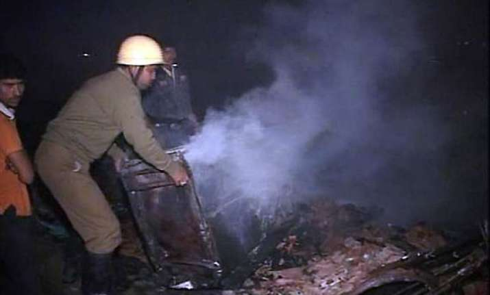 seven charred to death as shanties catch fire