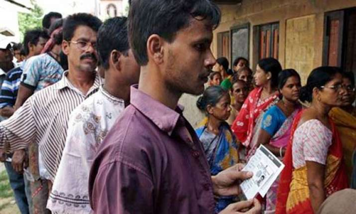 83.48 pc voting in maoist hit areas of bengal