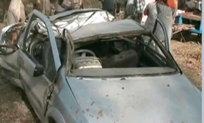 5 killed as indica car rams into tree in punjab