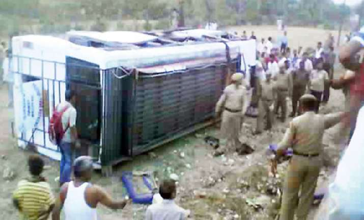 16 killed in bus accident in udhampur