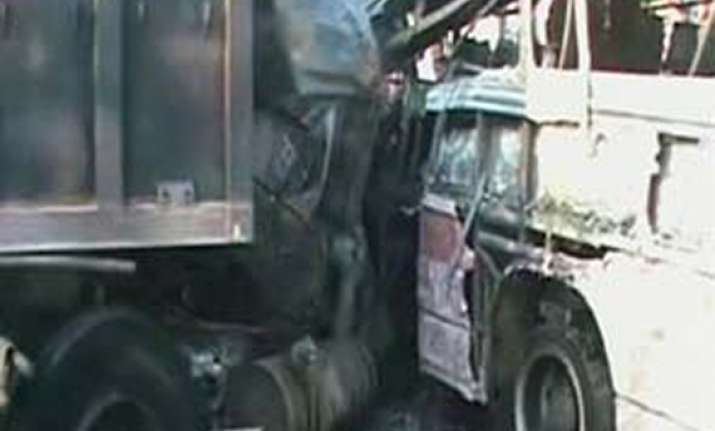 25 killed 61 injured in road mishaps in rajasthan