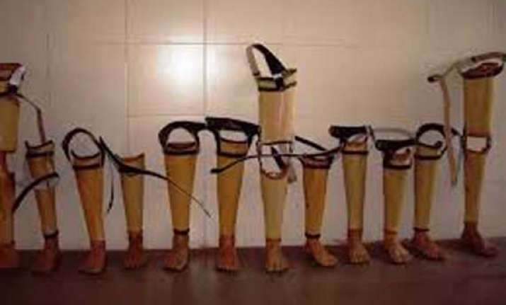 1 000 amputees in afghanistan to get jaipur foot