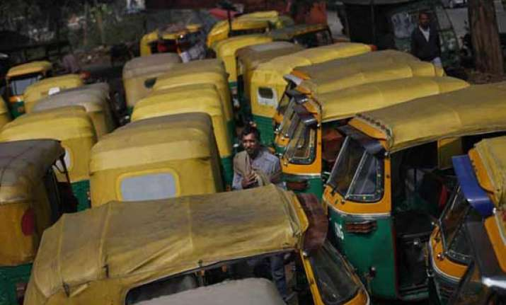 5 000 auto drivers questioned in manipal gangrape case