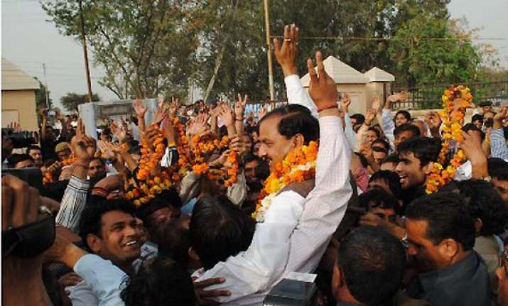 24 candidates in fray for gautam buddha nagar ls seat