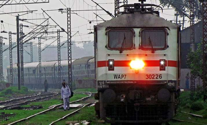 42 crude bombs seized from train in jharkhand