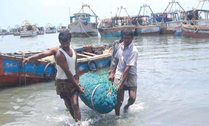 45 day fishing ban on tamil nadu coast begins