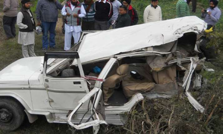 13 dead as train hits bolero carrying marriage party in up