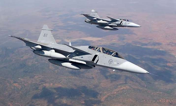 4 fighter planes enter civilian flight path in nagpur india news