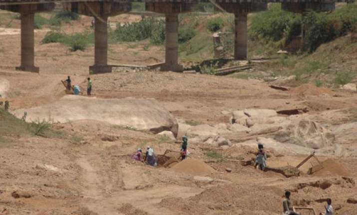 15 held for illegal sand mining