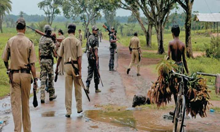 17 illegal immigrants from myanmar held in north bengal