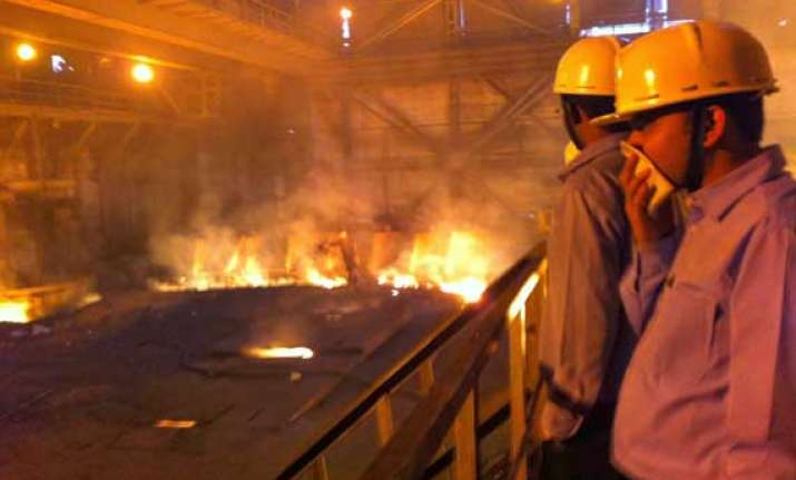 five killed in gas leakage at bhilai steel plant