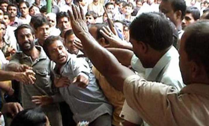 13 injured in cpi m tmc clash on polling day